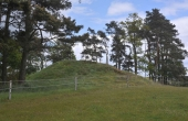 3: Den store bronzealdergravhøj set fra sydvest.