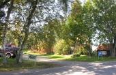 P-pladsen ved Himmelbjergvej hvorfra stier fører til Gammelkol og Dynæs.