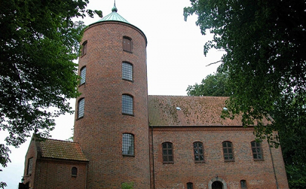 Skanderborg Slotskirke set fra øst.