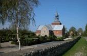 13: Hørning Kirke lige nord for Sjelbro, hvor der allerede i vikingetiden omkring år 1000 blev bygget kirke.