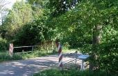 I dag fører broen en cykel- og gangst over Egåen. Tidligere var det en af områdets mange mølleveje.