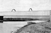 Kassebroen i åbent landskab ca. 1906.