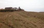 Skansen set fra øst op gennem palisade-graven.