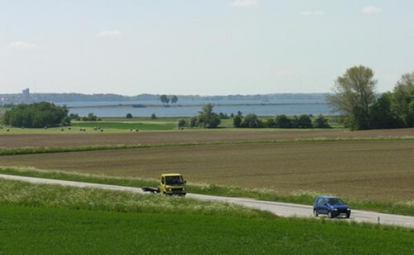 6: Udsigt mod vest og Letten med Bogø i baggrunden.