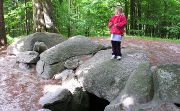 7: Hulehøj er et godt sted at gå på opdagelse i oldtiden.