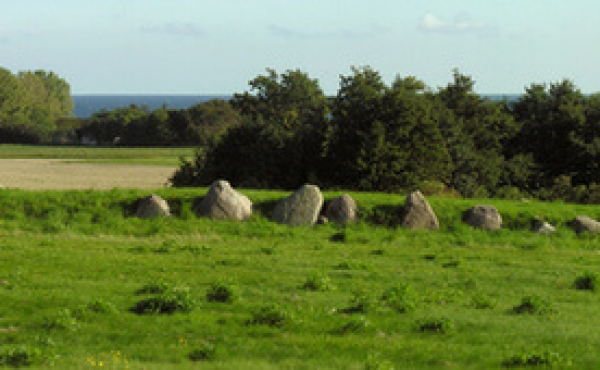 Panorama over langdyssen set fra nord. Klik på billedet for stor udgave.